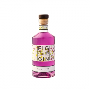Shelly Drinks Gin Fig Vanilla and Cardamon