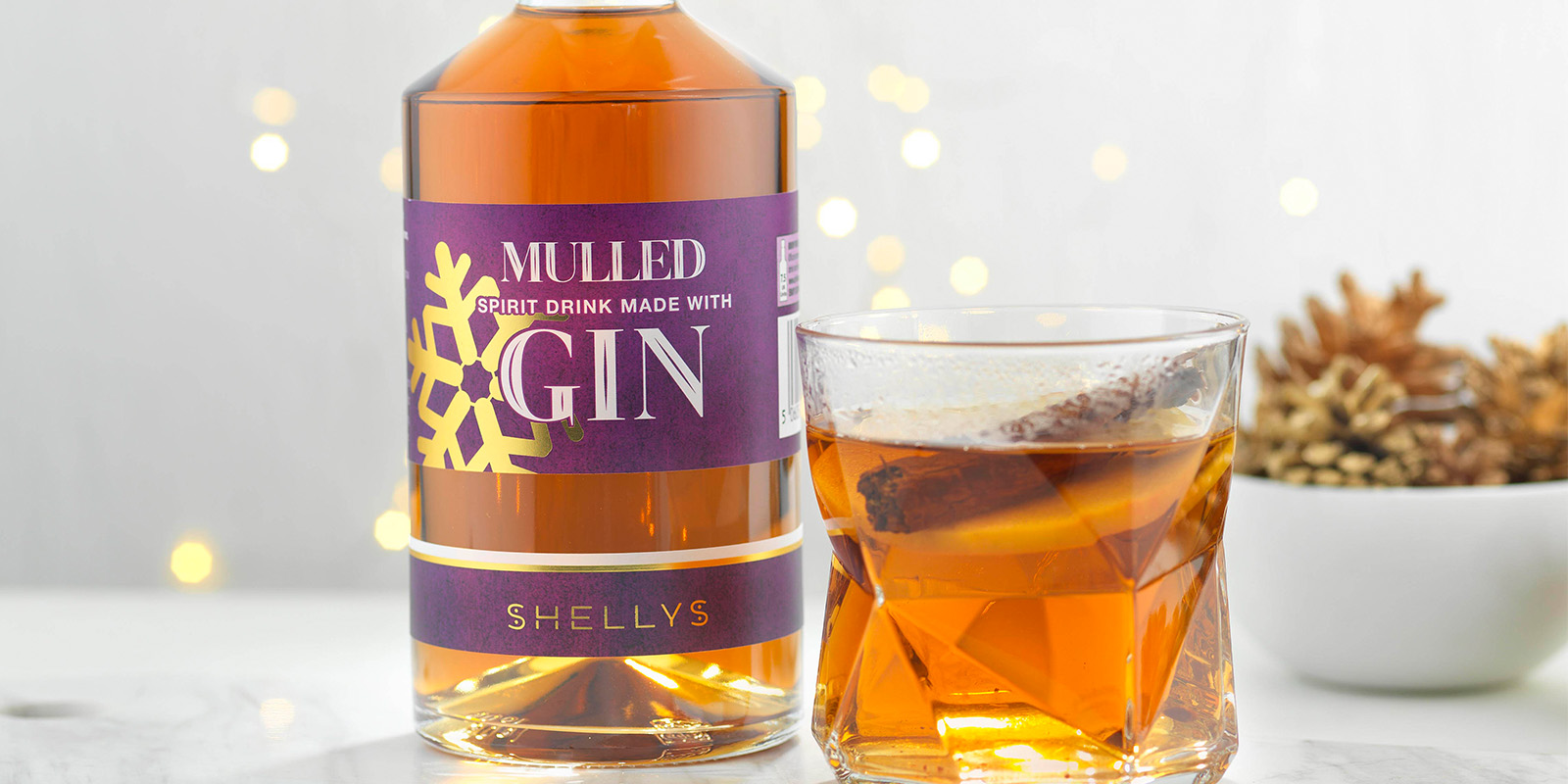 Shellys Drinks Mulled Gin background